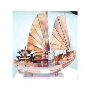 Thuyền buồm 5